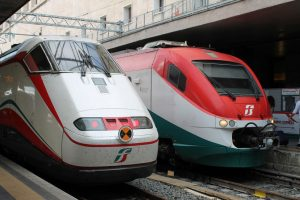 EIB finances new trains for Naples Circumvesuviana network